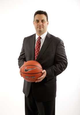 Hi-res-185131971-head-coach-sean-miller-of-arizona-poses-for-a-portrait_display_image