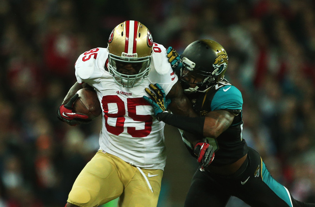 Hi-res-186043436-vernon-davis-of-the-san-francisco-49ers-is-tackled-by_crop_650
