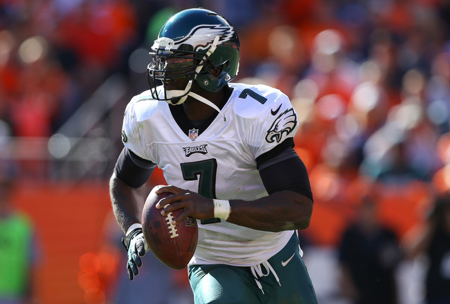 Hi-res-183719180-quarterback-michael-vick-of-the-philadelphia-eagles-in_crop_650x440