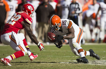 Hi-res-186046707-wide-receiver-davone-bess-of-the-cleveland-browns_display_image