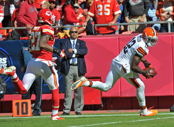 Hi-res-186039036-wide-receiver-josh-gordon-of-the-cleveland-browns_display_image