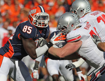 Hi-res-129752571-whitney-mercilus-of-the-illinois-fighting-illini-rushes_display_image