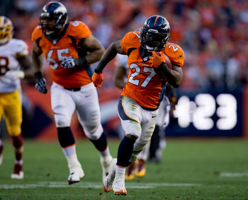 Hi-res-186057165-running-back-knowshon-moreno-of-the-denver-broncos-runs_display_image