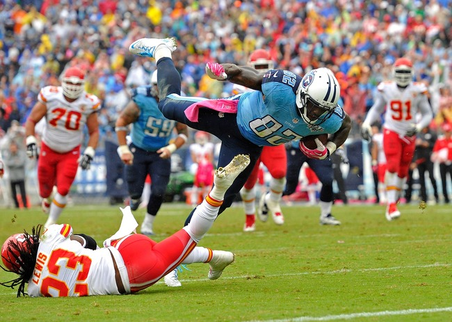 Hi-res-183965793-delanie-walker-of-the-tennessee-titans-dives-over_crop_650