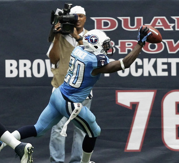Hi-res-180650853-alterraun-verner-of-the-tennessee-titans-cleebates_display_image