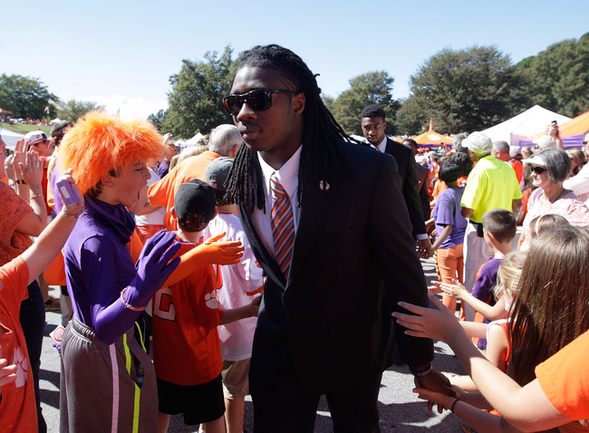 Hi-res-184222704-sammy-watkins-of-the-clemson-tigers-greets-fans-during_crop_650