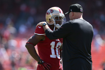 Hi-res-180068381-kyle-williams-of-the-san-francisco-49ers-talks-on-the_display_image
