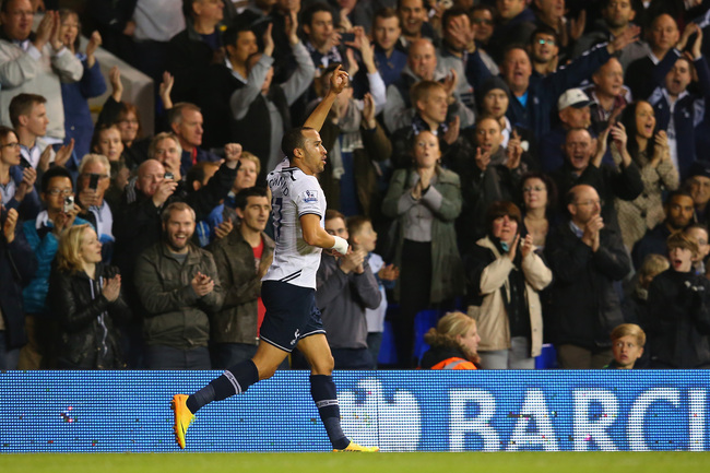 Hi-res-186033606-andros-townsend-of-spurs-returns-to-the-pitch-after_crop_650