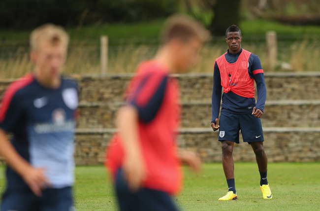 Hi-res-179417807-wilfried-zaha-of-england-u21-looks-on-during-a-training_crop_650
