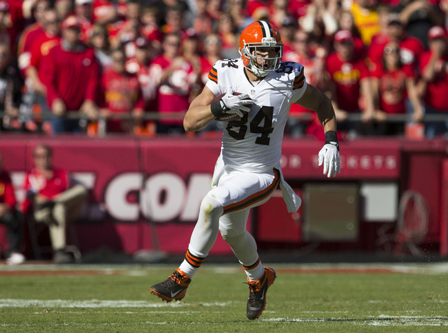 Hi-res-186050998-tight-end-jordan-cameron-of-the-cleveland-browns-runs_crop_650