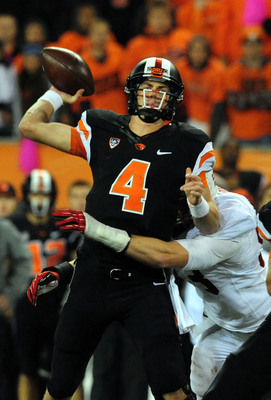 Hi-res-185991154-quarterback-sean-mannion-of-the-oregon-state-beavers-is_display_image