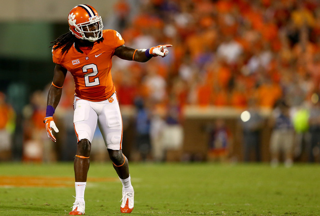 Hi-res-180390212-sammy-watkins-of-the-clemson-tigers-during-their-game_crop_650x440