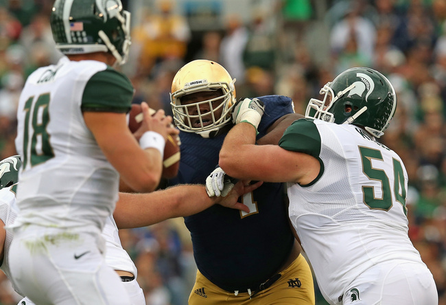 Hi-res-181480116-louis-nix-iii-of-the-notre-dame-fighting-irish-rushes_crop_650