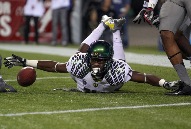 Hi-res-153206772-cornerback-ifo-ekpre-olomu-of-the-oregon-ducks_crop_650