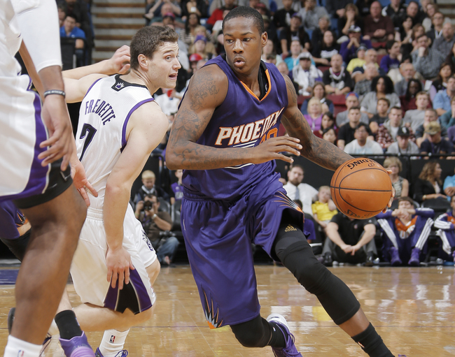 Hi-res-185573782-archie-goodwin-of-the-phoenix-suns-drives-to-the-hoop_crop_650