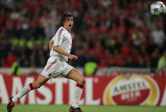 Hi-res-52979869-milan-forward-hernan-crespo-of-argentina-scores-the_crop_650x440