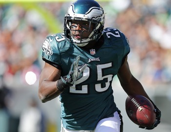 Hi-res-186038362-running-back-lesean-mccoy-of-the-philadelphia-eagles_display_image