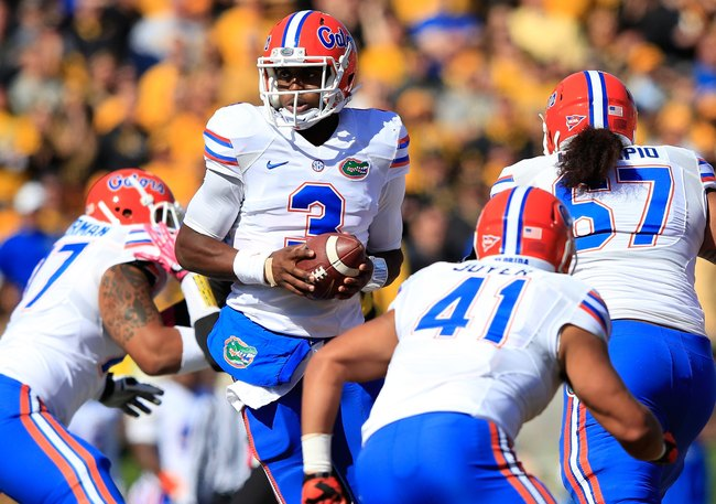Hi-res-185917538-quarterback-tyler-murphy-of-the-florida-gators-in_crop_650