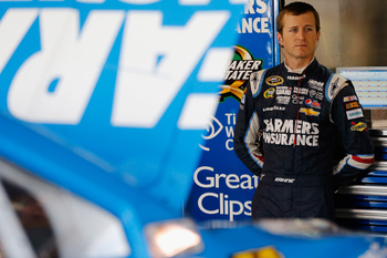 Hi-res-185860176-kasey-kahne-driver-of-the-farmers-insurance-chevrolet_display_image