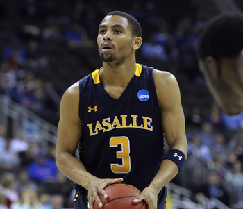 Hi-res-164926108-tyreek-duren-of-the-la-salle-explorers-shoots-a-free_display_image