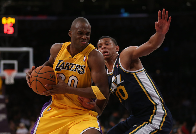 Hi-res-185614417-jodie-meeks-of-the-los-angeles-lakers-is-defended-by_crop_650