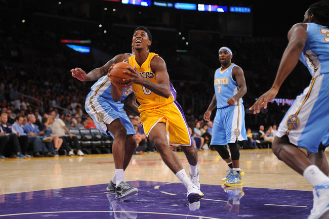 Hi-res-183488235-nick-young-of-the-los-angeles-lakers-drives-to-the_crop_650