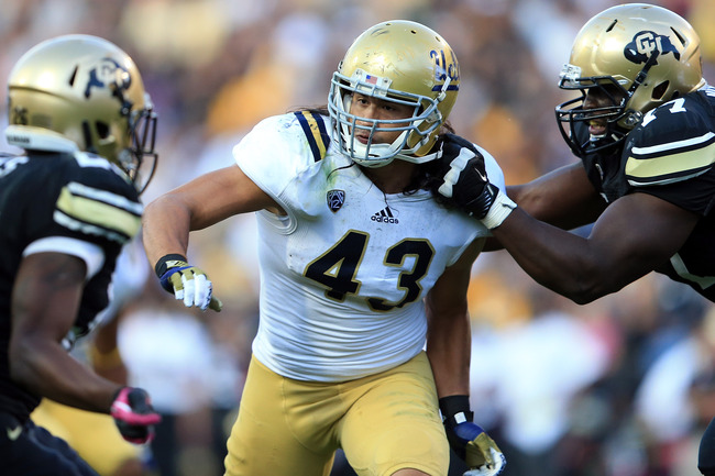 Hi-res-153442295-linebacker-damien-holmes-of-the-ucla-bruins-rushes_crop_650