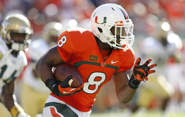 Hi-res-183173285-duke-johnson-of-the-miami-hurricanes-runs-with-the-ball_crop_650