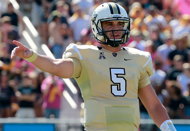 Hi-res-186098422-blake-bortles-of-the-ucf-knights-calls-signals-during_crop_650