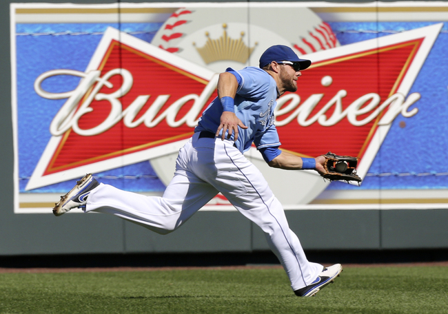 Hi-res-181569918-alex-gordon-of-the-kansas-city-royals-catches-a-ball_crop_650