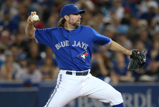 Hi-res-178933907-dickey-of-the-toronto-blue-jays-delivers-a-pitch-during_crop_650