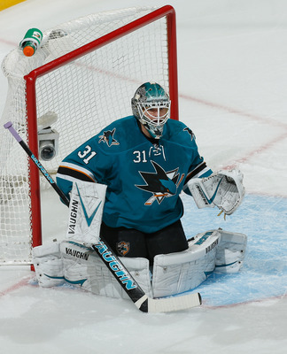 Hi-res-185569924-antti-niemi-of-the-san-jose-sharks-protects-the-net_display_image