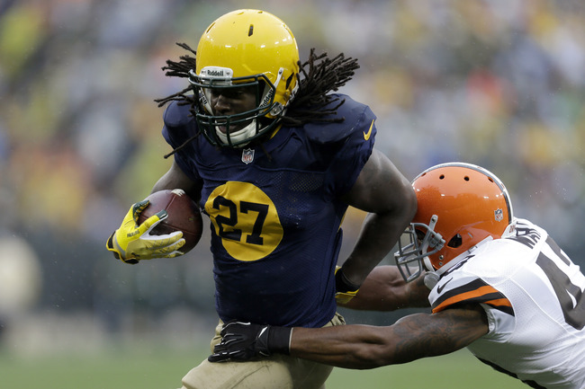 Hi-res-185445895-eddie-lacy-of-the-green-bay-packers-runs-with-the_crop_650