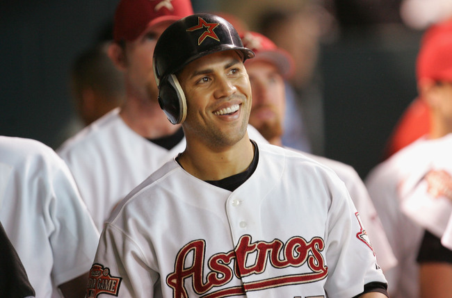 Hi-res-51487661-carlos-beltran-of-the-houston-astros-smiles-in-the_crop_650