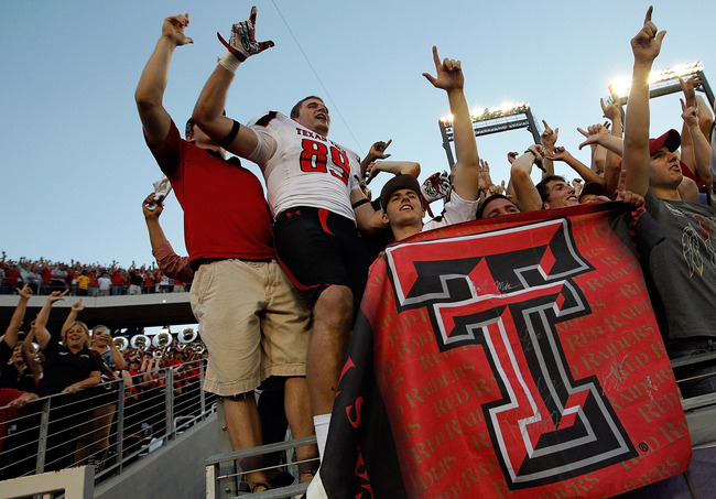 Hi-res-154482072-cameron-wright-of-the-texas-tech-red-raiders-celebrates_crop_650