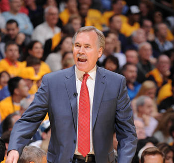 Mike D'Antoni of the LA Lakers