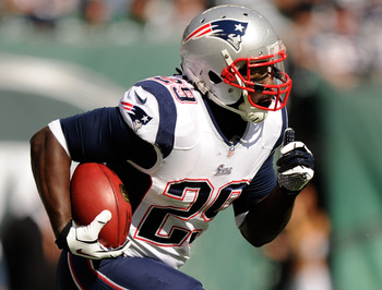 Hi-res-185420071-legarrette-blount-of-the-new-england-patriots-carries_display_image