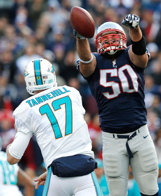 Hi-res-186043033-rob-ninkovich-of-the-new-england-patriots-blocks-a-pass_display_image