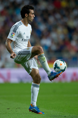 Hi-res-182580729-alvaro-arbeloa-of-real-madrid-cf-controls-the-ball_display_image