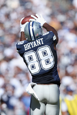 Hi-res-183460312-wide-receiver-dez-bryant-of-the-dallas-cowboys-catches_display_image