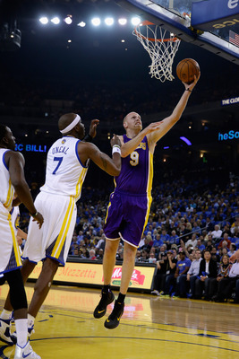 Hi-res-186393326-chris-kaman-of-the-los-angeles-lakers-shoots-over_display_image