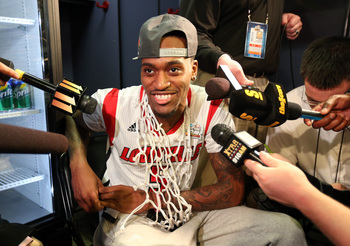 Hi-res-166110437-injured-guard-kevin-ware-of-the-louisville-cardinals-is_display_image