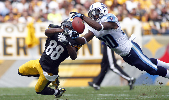 Hi-res-180063422-alterraun-verner-of-the-tennessee-titans-intercepts-a_crop_650