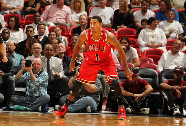 Hi-res-186267196-derrick-rose-of-the-chicago-bulls-plays-defense-against_crop_650x440