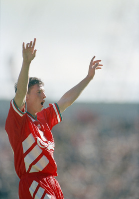 Hi-res-120359960-liverpool-footballer-robbie-fowler-celebrates-his_display_image