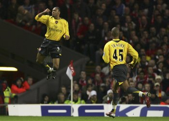 Hi-res-72956690-julio-baptista-of-arsenal-celebrates-scoring-his-teams_display_image