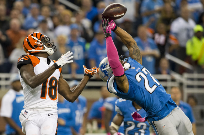 Hi-res-185430158-strong-safety-glover-quin-of-the-detroit-lions-breaks_crop_650