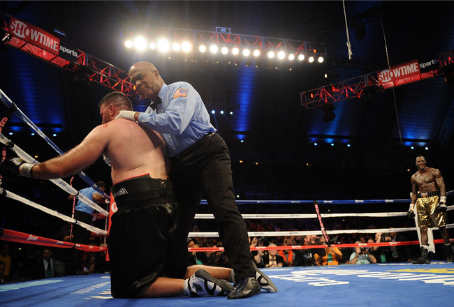 Hi-res-185975682-nicolai-firtha-is-knocked-out-by-deontay-wilder-during_crop_650x440