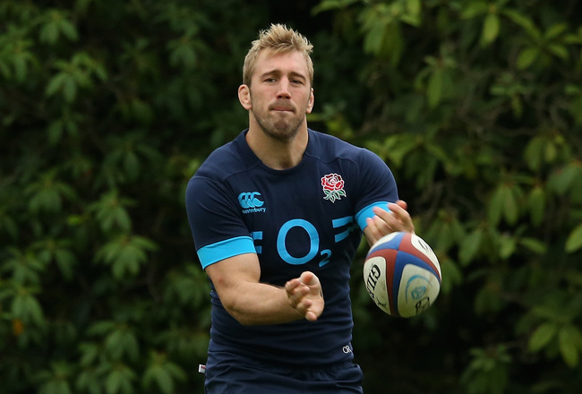 Hi-res-186464084-chris-robshaw-passes-the-ball-during-the-england_crop_650x440