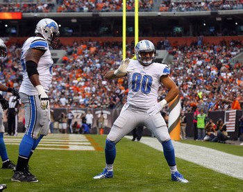 Hi-res-184412234-tight-end-joseph-fauria-of-the-detroit-lions-celebrates_display_image